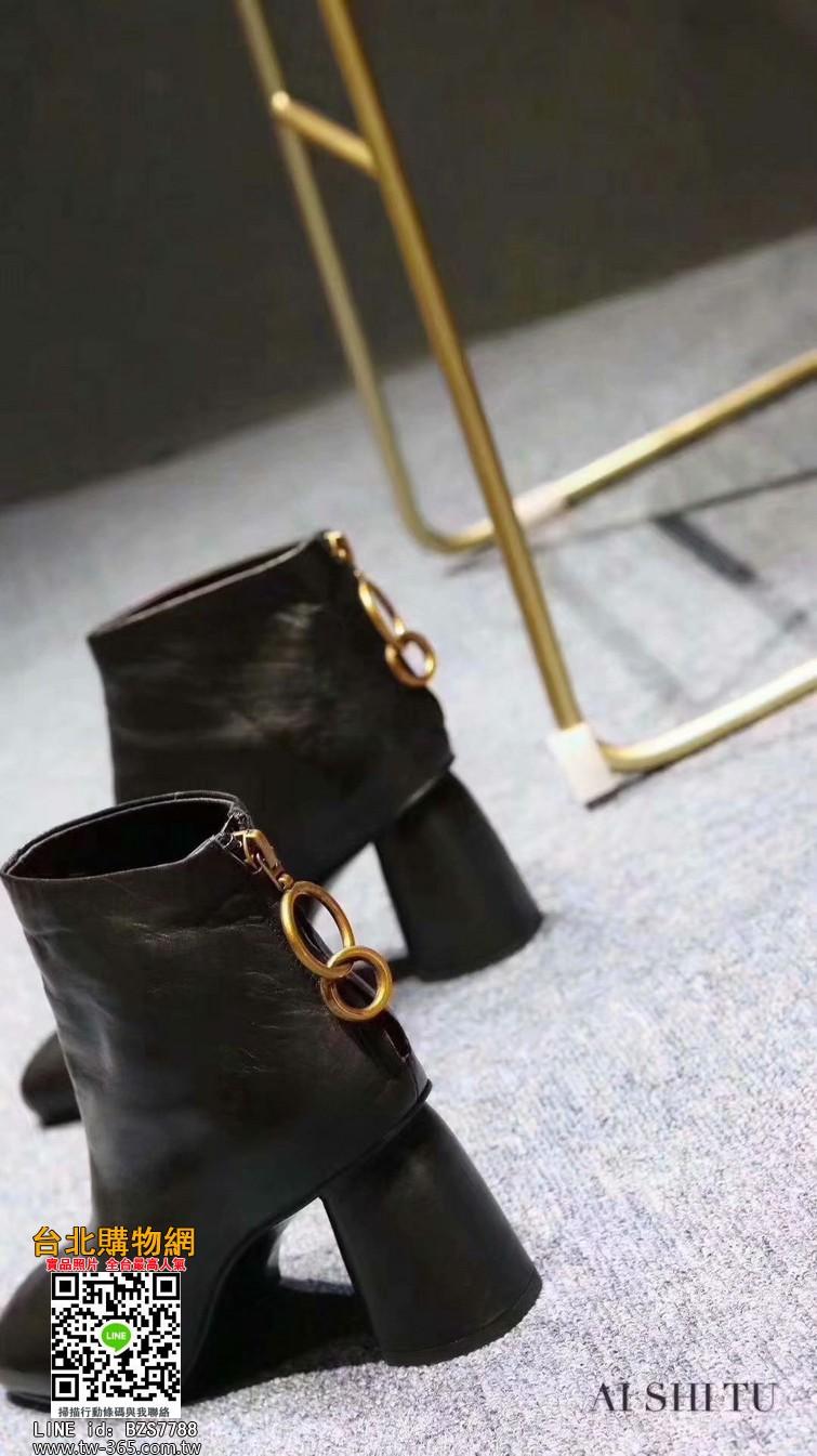 celine 2019新款靴子,celine 靴子,celine 女款鞋子!