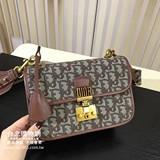dior 2019 女款手提包,dior女生斜背包,dior女款手袋! (女款)