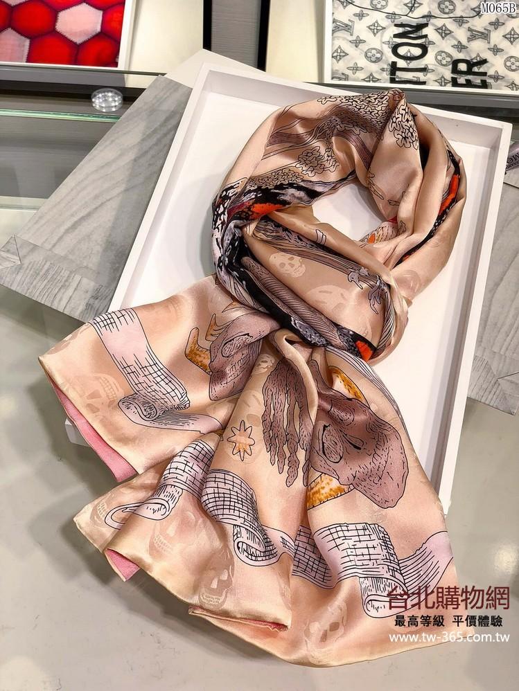 mcq 2019 羊絨圍巾,mcq女款圍巾,mcq絲巾!