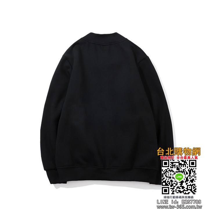 play 2019 長袖外套,play 外套棉衣,play 男女均可穿!