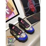 versace 2019新款鞋子,versace 休閒鞋,versace 男款鞋子! (女款)